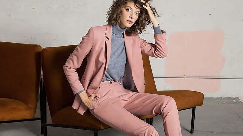 Идеальная одежда для деловой женщины